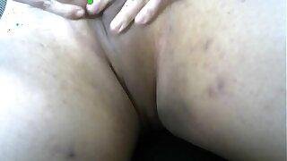 仮性包茎の皮にローター入れて玉を封印し女の子体験 3